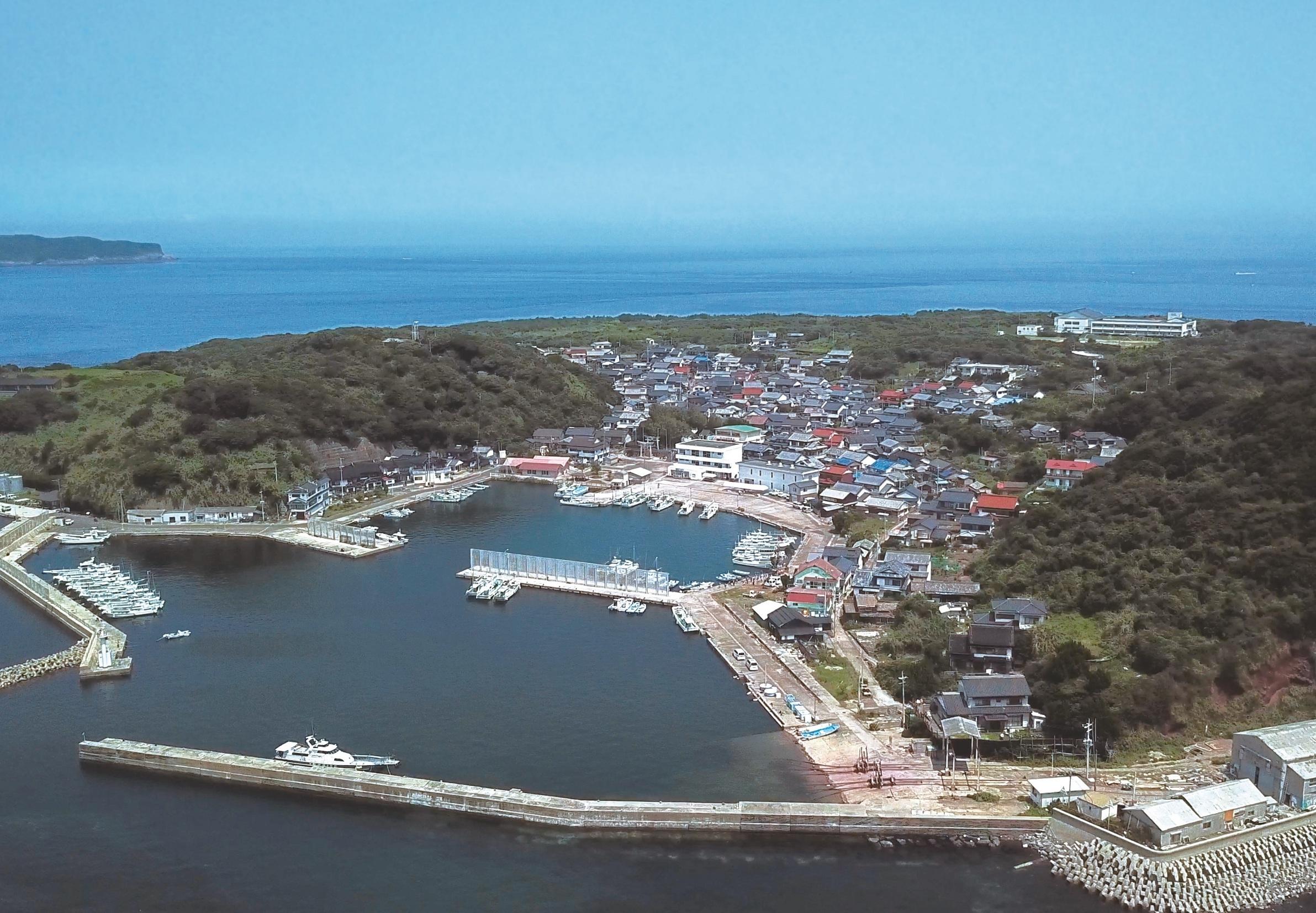 島全景(ドローン)